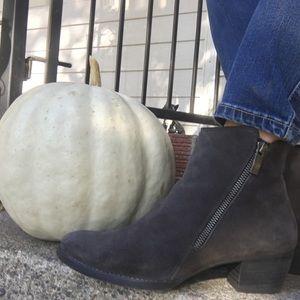 Paul green suede dark grey zipper heeled booties